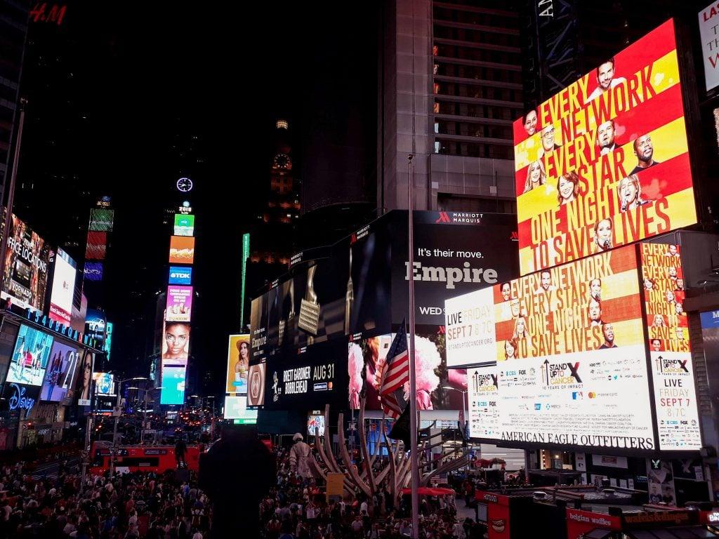 Vistas de Times Square desde la escalera roja top 10 nueva york