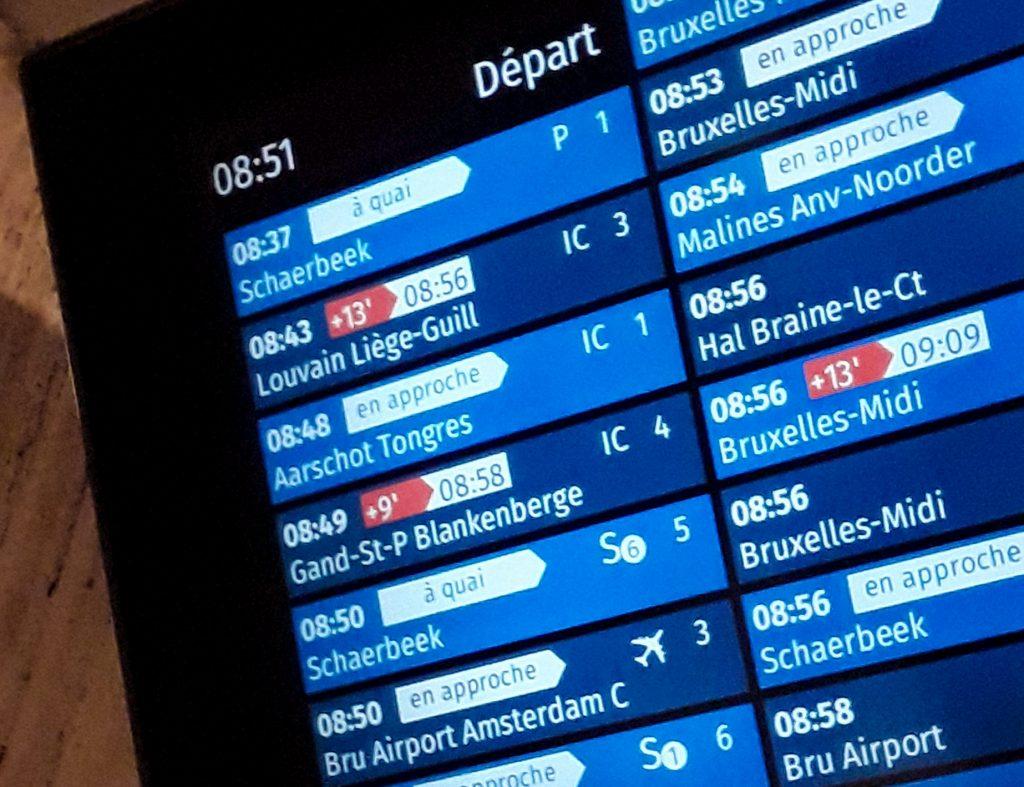 Panel informativo de los trenes de Bélgica