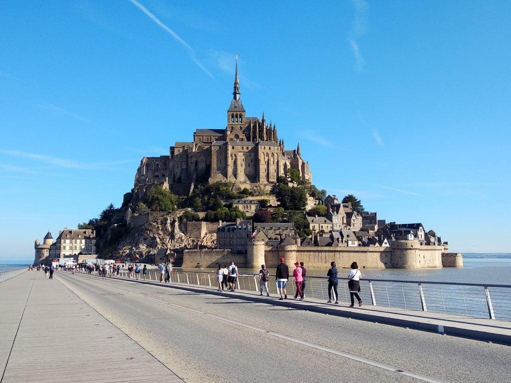 Mont Saint-Michel curiositravel
