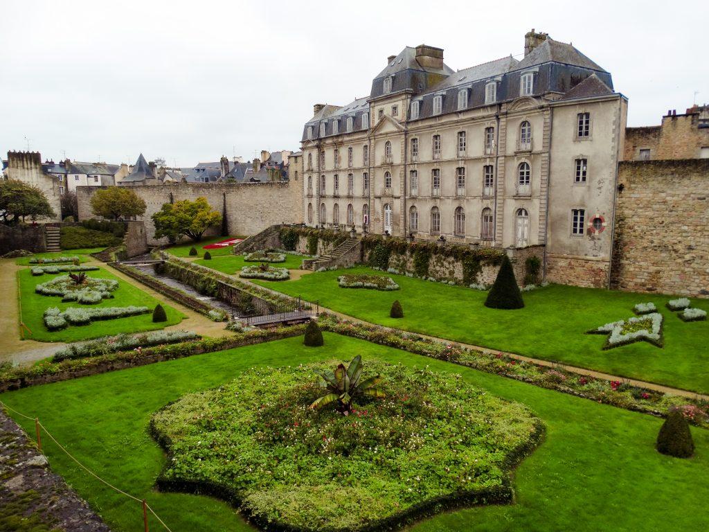 Vannes pueblos imprescindibles Bretaña francesa
