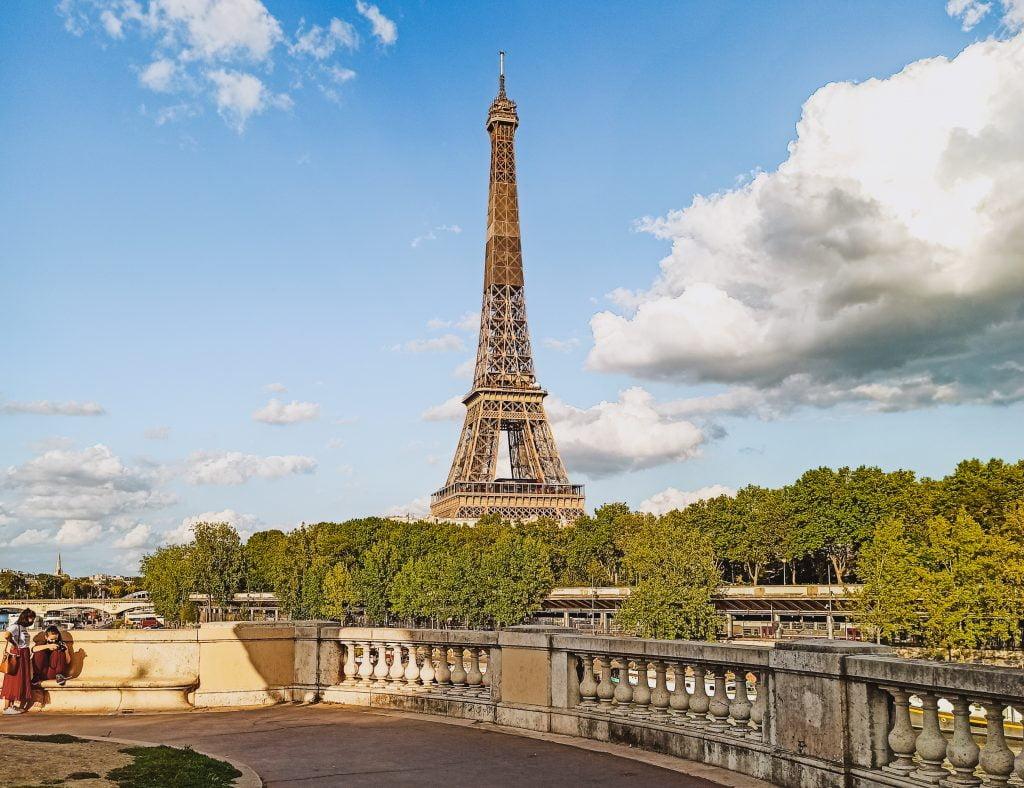 Vistas a la Torre Eiffel desde Bir Hakeim
